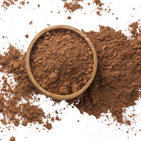 Food & Wine: Cocoa Powder vs. Cacao Powder: What's the Difference?
