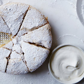 Food & Wine: 5 Best Apple Cakes for Brunch