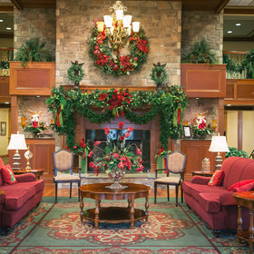 Food & Wine: Celebrate Christmas Year-Round at This Very Merry Tennessee Hotel