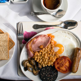 Food & Wine: How to Make an English Breakfast Worthy of the British Aristocracy