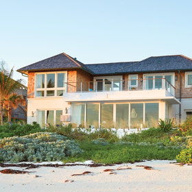 Food & Wine: Step Inside This Bright, Breezy Bahamas Vacation Home