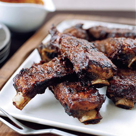 Food & Wine: Backyard BBQ Ideas