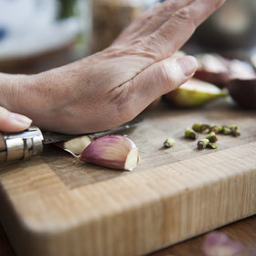 Food & Wine: 7 Garlic Tricks That'll Get You Off the Jarred Stuff for Good