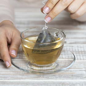 Food & Wine: Dunking Tea Bags: Nervous Habit or Infusing Technique?