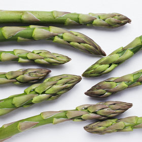 mkgalleryamp; Wine: 7 Chefs on Their Favorite Way to Cook Asparagus