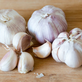 Food & Wine: The Correct Way to Peel, Crush, and Chop Garlic, According to Jacques Pépin
