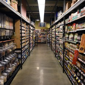 Food & Wine: Whole Foods Outlines New Prime Loyalty Program with Its Suppliers