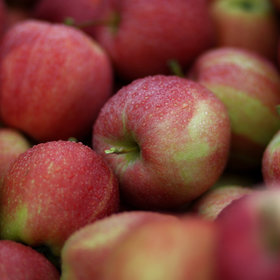 mkgalleryamp; Wine: Red Delicious Dethroned as America's Favorite Apple. Here's the New Favorite