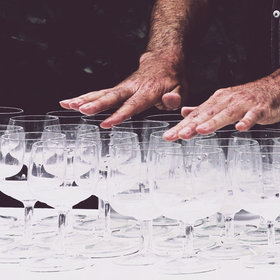 Food & Wine: This Street Performer Recreates a Magical Harry Potter Melody with Wine Glasses