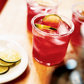 Food & Wine: 10 Cranberry Cocktails to Drink This Thanksgiving