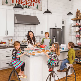 Food & Wine: Joanna Gaines Reveals What She Loves Most About Her Much-Copied Kitchen