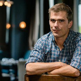 Food & Wine: Hugh Acheson Unveils His Upcoming Slow Cooker Cookbook