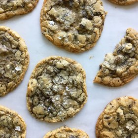 Food & Wine: How to Keep Cookies Soft for Longer