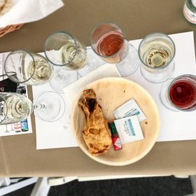 mkgalleryamp; Wine: What to Drink with Fried Chicken
