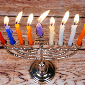 Food & Wine: Celebrating the Traditions of an Indian Hanukkah