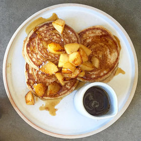 Food & Wine: Maple-Pear Pancakes, Apple Cider Doughnuts and More #ThisIsFall Musts