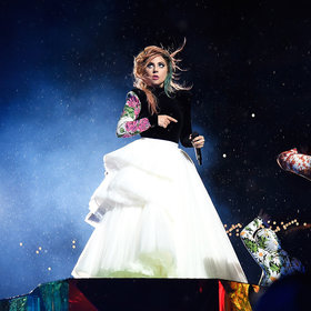Food & Wine: Lady Gaga Apologizes for Canceling Show with Pizza