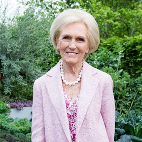 mkgalleryamp; Wine: Host Your Own 'Great British Bake Off' by Renting Out Mary Berry's Former Cottagea