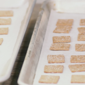 Food & Wine: How to Make DIY Wheat Thins