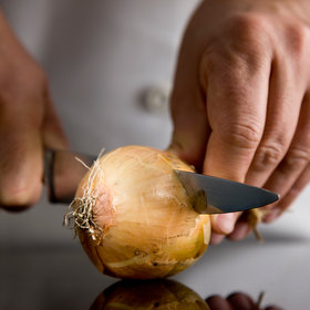 Food & Wine: The Internet's Weirdest Onion Hacks