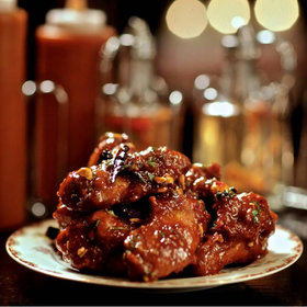 Food & Wine: Best Chicken Wings in the U.S.