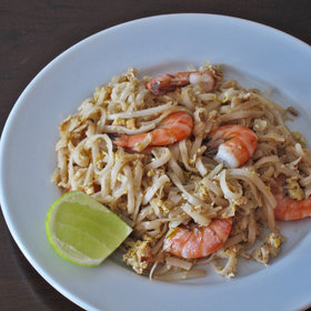 Food & Wine: Pad Thai with Shrimp