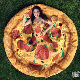 Food & Wine: This is the Pizza Dress You Wish You'd Had At Your Wedding
