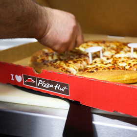 Food & Wine: How to Use a Pizza Box to View the Eclipse
