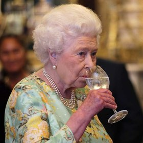 mkgalleryamp; Wine: The Queen of England's Favorite Drink Might Be the Secret to a Long Life