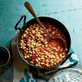 Food & Wine: Kurdish White Beans with Tomatoes and Dried Lime