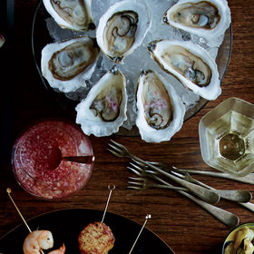 Food & Wine: Raw Oysters with Cava Mignonette