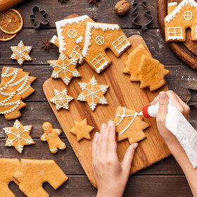 Food & Wine: What Is Royal Icing and How Do You Use It?