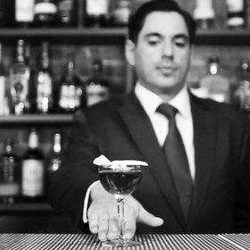 Food & Wine: An Iconic Bar's Policy on Free Drinks