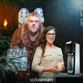 Food & Wine: Watch 'Hodor' and 'Blossom' Fall in Love Over Sparkling Water