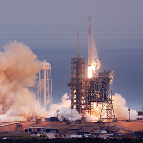 Food & Wine: What SpaceX's Moon Tourists May Eat Onboard