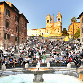 Food & Wine: Rome's Spanish Steps Reopen After a $1.7 Million Renovation