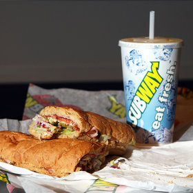 Food & Wine: The Return of $5 Footlongs from Subway Is Causing Plenty of Fast Food Intrigue