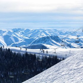 Food & Wine: The Most Affordable Winter Vacations in the U.S.