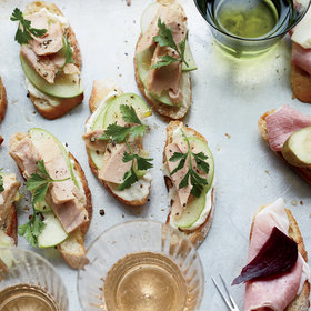 Food & Wine: Tuna-and-Apple Crostini