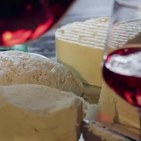 Food & Wine: 5 Things That Separate a Good Cheese Board from a Bad One, According to a Fromagère