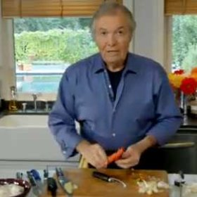 Food & Wine: Jacques Pépin: Peeling a Carrot