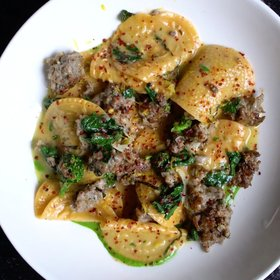 Food & Wine: Hungry Yet - Lady's