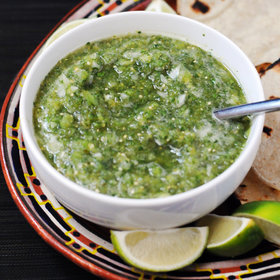 mkgalleryamp; Wine: Fresh Tomatillo Salsa