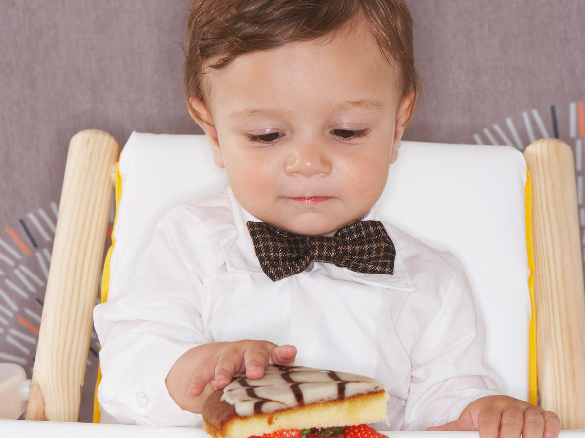 FWX 5 WAYS TO RAISE A FOODIE CHILD