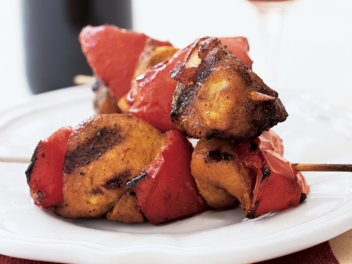 200210-r-curried-chicken-and-red-pepper-kebabs-200210-206-curri.jpg