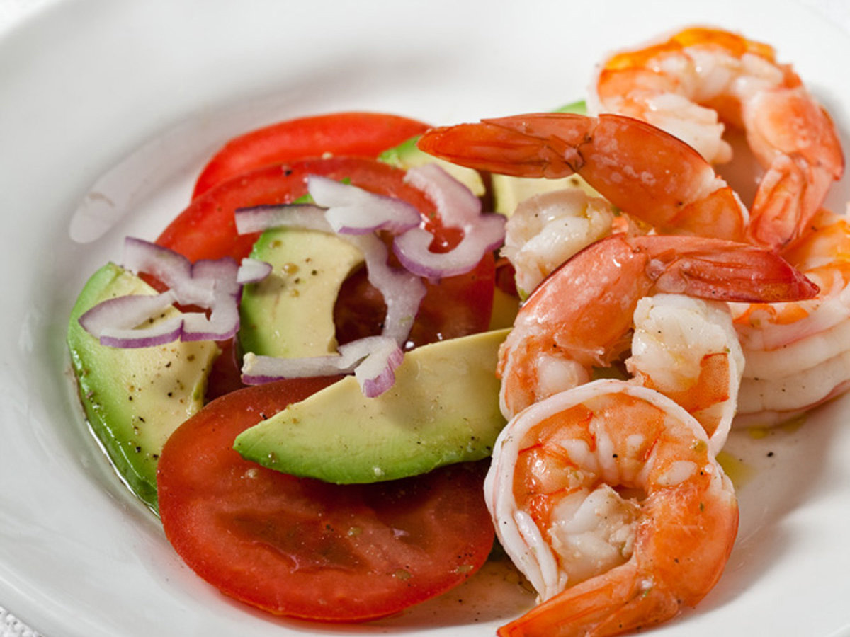 201004-r-shrimp-avocado-salad.jpg