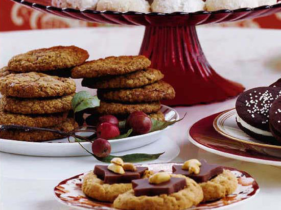 images-sys-200312-r-oatmeal-gianduja-chip-cookies.jpg