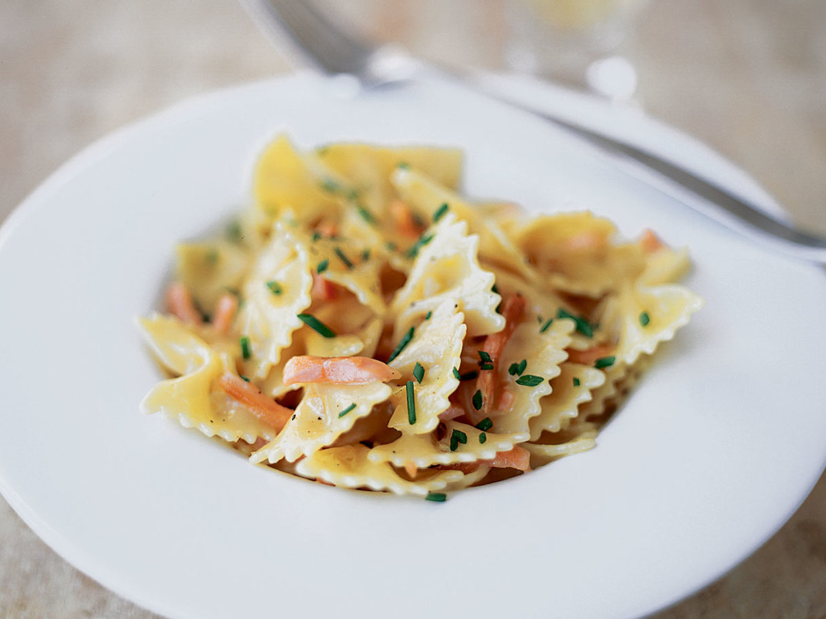 Farfalle With Creamy Smoked Salmon And Vodka Sauce Recipe