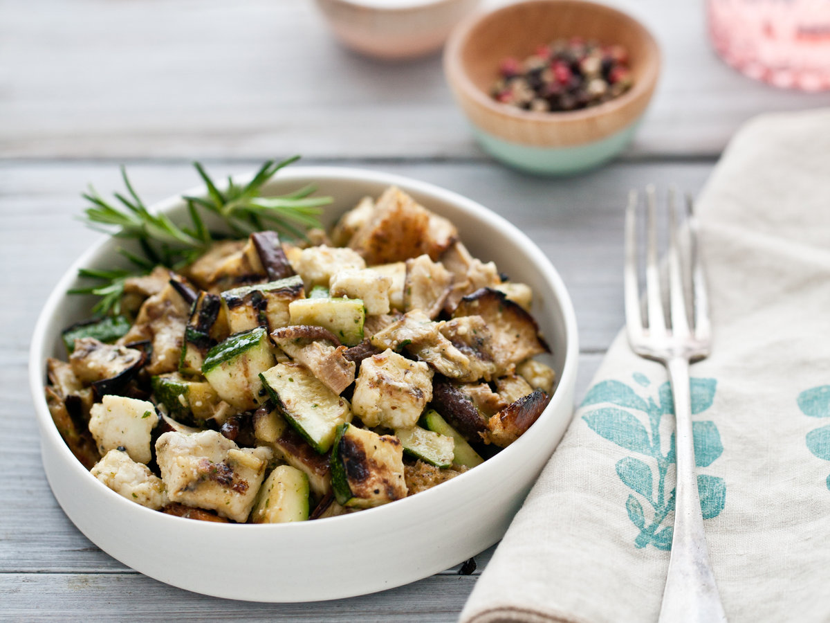 original-201208-r-grilled-vegetable-salad-with-croutons-haloumi-and-anchovy-sauce.jpg