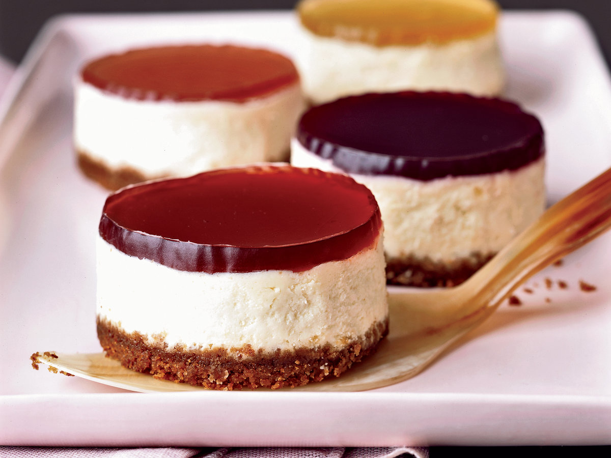 Mini Cheesecakes with Wine Gelées